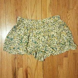 Mossimo Daisy Print Shorts
